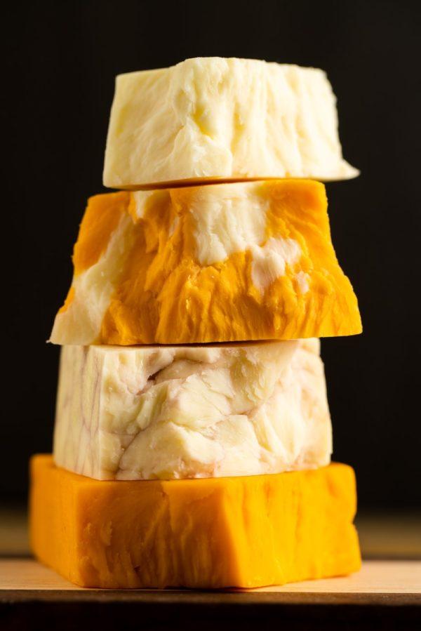 cheddar en bloc blanc jaune marbre et veiner porto3